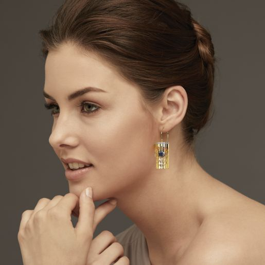 Diamond And Black Pearl Earring In Yellow Gold (13.72 Gram)